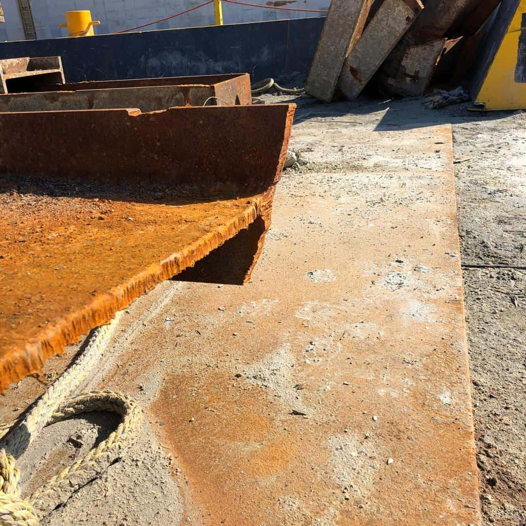 Result PVL Cutting torch ijmuiden Sea Lock Replacement(4)